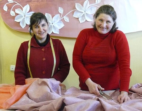 Настоящие рукодельницы Жанна Ястребова и Марина Редько