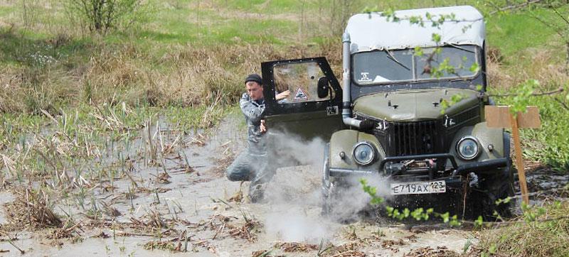 Участники грязи не боятся