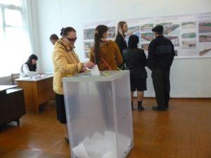 Жители Апшеронска стали участниками рейтенгового голосования по отбору общественных территорий для их благоустройства по приоритетному федеральному проекту.
