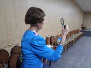 К выступлению на избирательном участке готовится народный хор русской песни имени Владимира Бегинина.