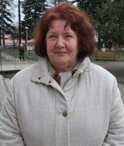 Нина Артемьева